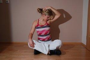 Janca_stretching.jpg